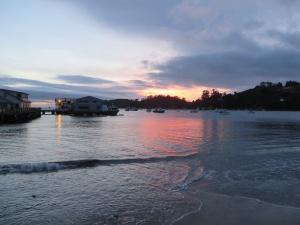 Sunrise on Oban Harbour